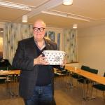 Ivar Scotte med styrelsens present 160311